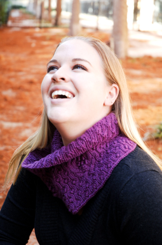 Bobbleberry Neckwarmer