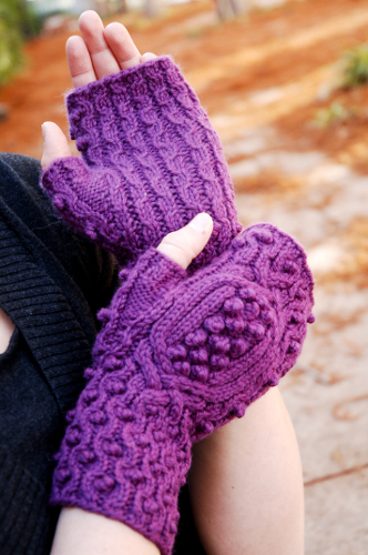 Bobbleberry Mitts